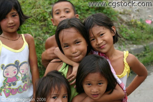 image of Filipino children as friends, borrowed from phototour.minneapolis.mn.us