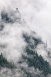 Wolkenfetzen in den Alpen © Raik Krotofil