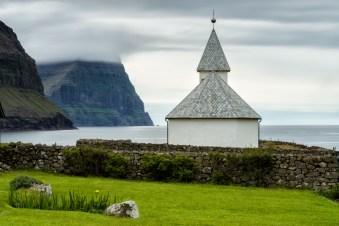[ c h v r c h e s ] © Serdar Ugurlu | phototours4u | Faroe Islands