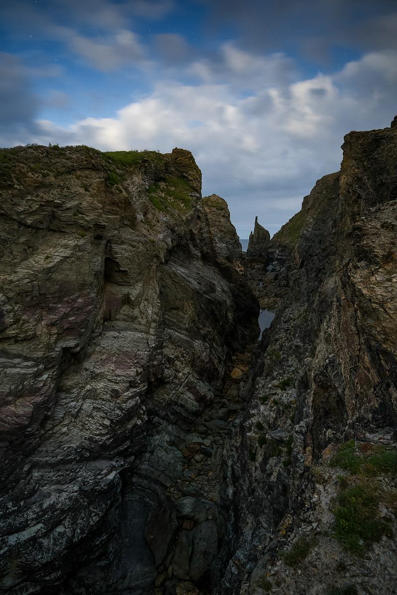 Night Rocks © RAIK KROTOFIL
