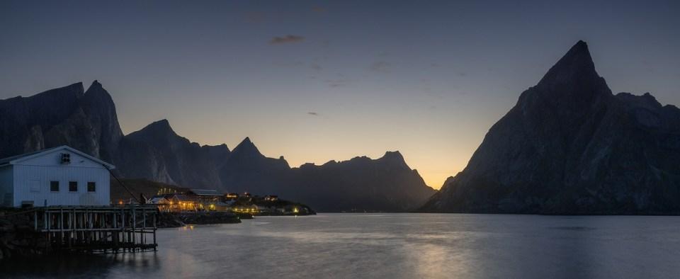 Panorama Reine arktisches Licht Lofoten