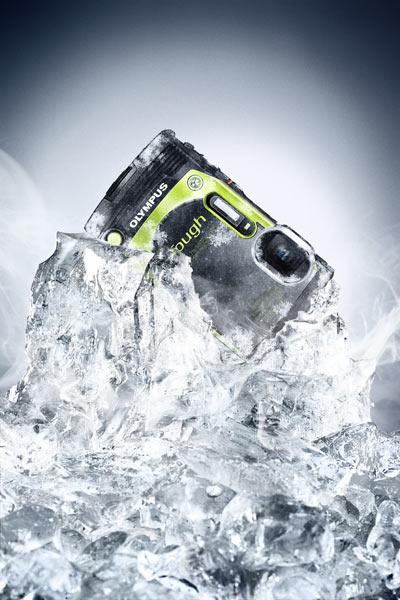Olympus Stylus Tough TG-870, Metallic Green: freezeproof. Image Courtesy of Olympus