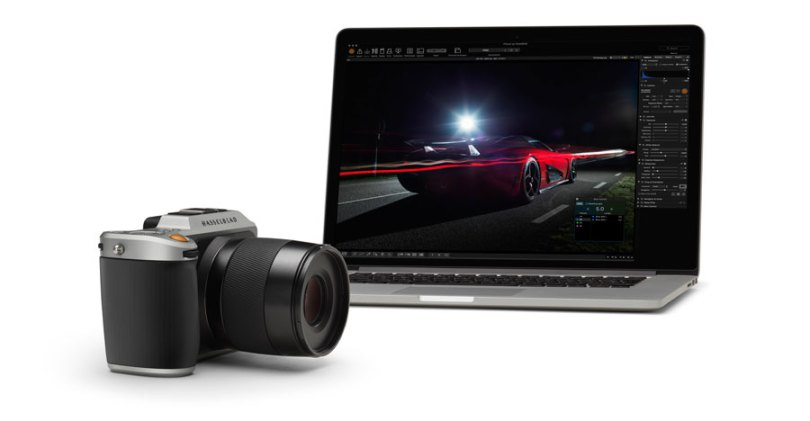 Hasselblad Phocus 3.3's graphical user interface: Hasselblad X1D Camera with a computer