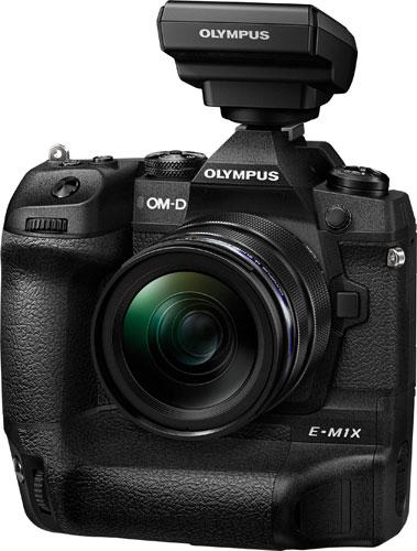 Olympus OM-D E-M1X with Olympus Wireless Commander FC-WR