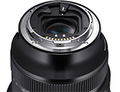SIGMA 14-24mm F2.8 DG DN Art: Rear filter holder equipped with a fall prevention lock for attaching sheet type rear filters for shooting starry skies