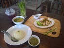 トントン チキンライス ( Tong Tong Chicken rice / ตงตงข้าวมันไก่บ้าน สูตรเบตง )