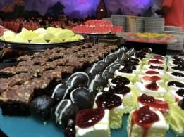 phuket_fantasea_brownie&cake_R