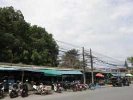 ロア・ローンマーケット ( Loa-Rong Market /ตลาดหล่อโรง ) / プーケットタウンのマーケット