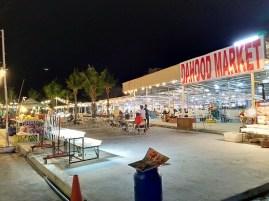 DA HOOD MARKET (ダ・フード マーケット )の移転 / パトンビーチのナイトマーケット