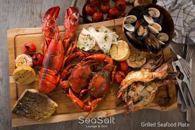 シーソルト ラウンジ&グリル (Sea Salt Lounge & Grill )