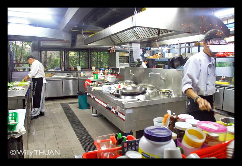 indochine-kitchen