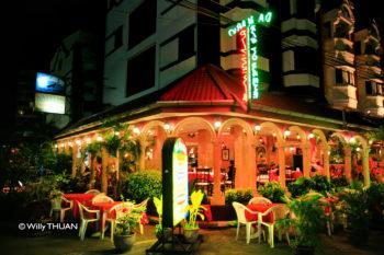 karon-beach-dining