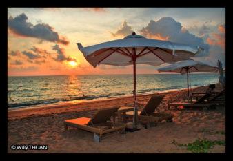 maikhao-dreams-resort-sunset
