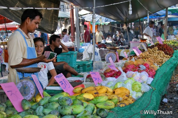 Phuket Markets, where to find them what to expect