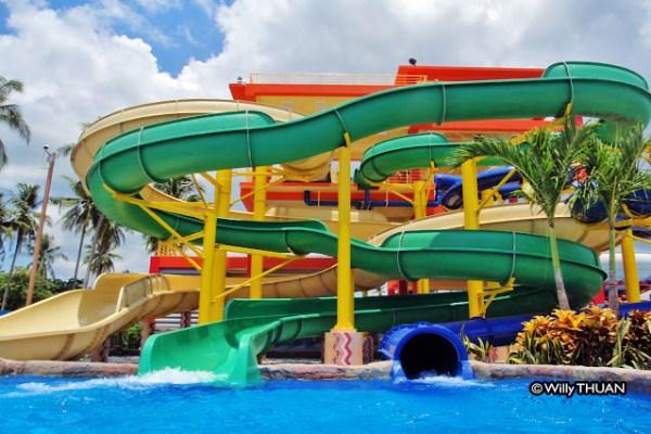 Splash Jungle Water Park in Phuket