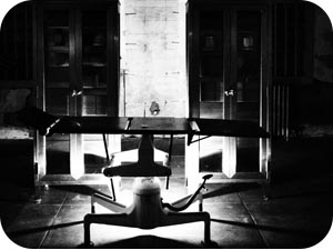 alcatraz surgical table
