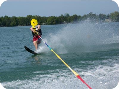 lego waterskiing
