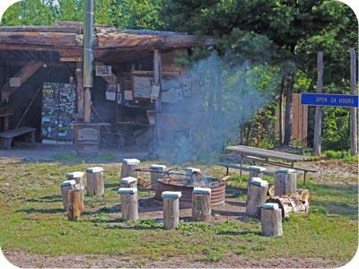 lakenenland fire pit