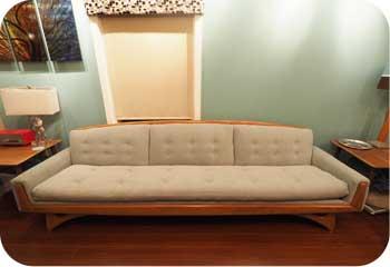 mid century kroehler sofa