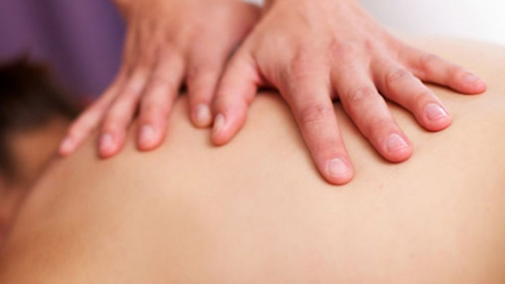 Manuelle Therapie ist ein klassisches Instrument in der Physiotherapie.