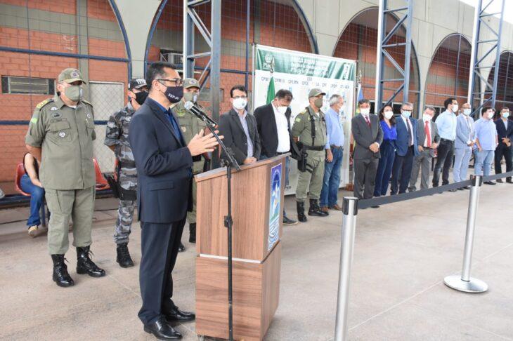 Entrega de viaturas PM Wellington Dias 14 Polícia Militar recebe 24 novas viaturas do governador