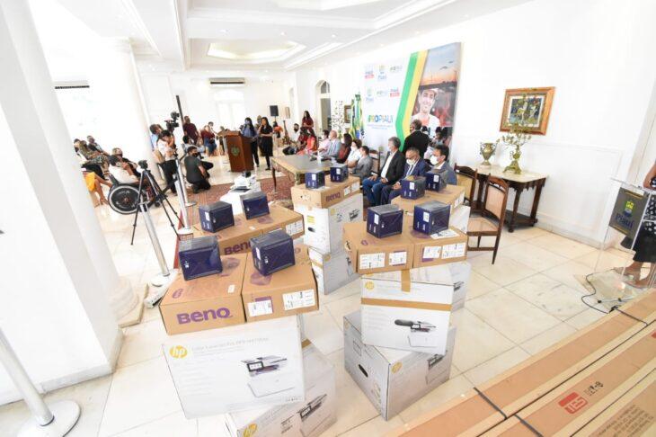 entrega material conselhos 10 Governo entrega equipamentos para Conselhos dos Direitos das Pessoas com Deficiência