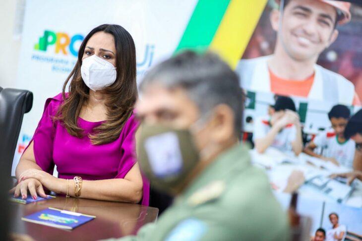 celebra%C3%A7%C3%A3o religiosa 9 Governador entrega medalhas por ocasião do 198º aniversário da adesão do Piauí à Independência