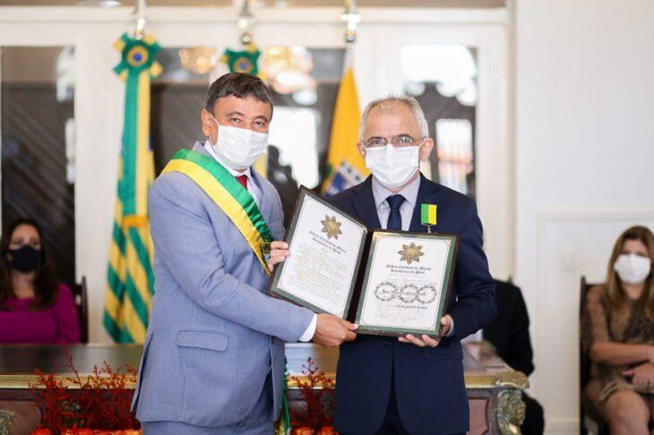 entrega de medalhas 25 Governador entrega medalhas por ocasião do 198º aniversário da adesão do Piauí à Independência