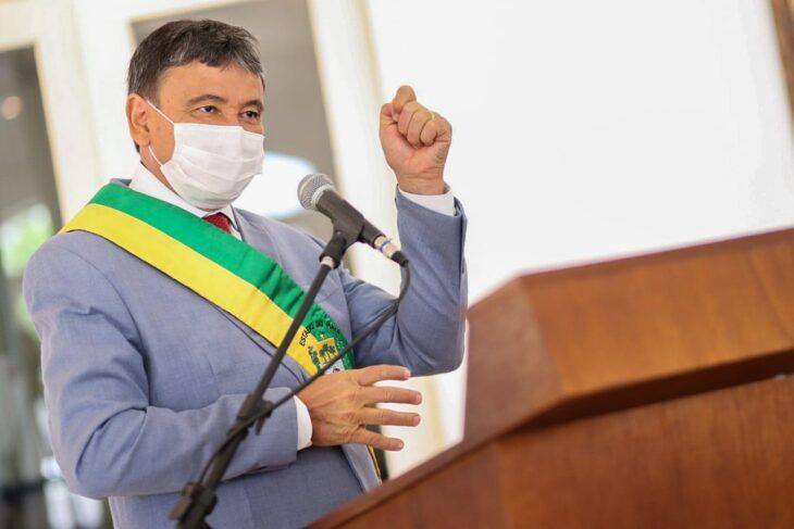 entrega de medalhas 5 Governador entrega medalhas por ocasião do 198º aniversário da adesão do Piauí à Independência
