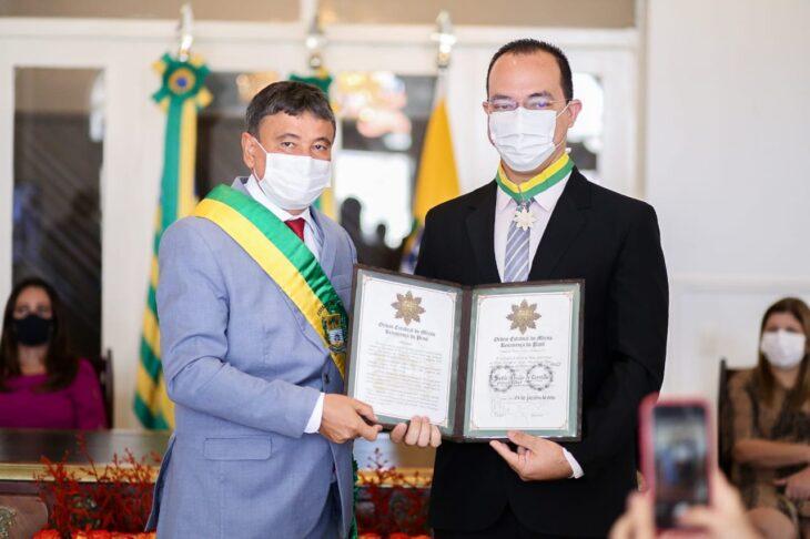 entrega de medalhas 8 Governador entrega medalhas por ocasião do 198º aniversário da adesão do Piauí à Independência