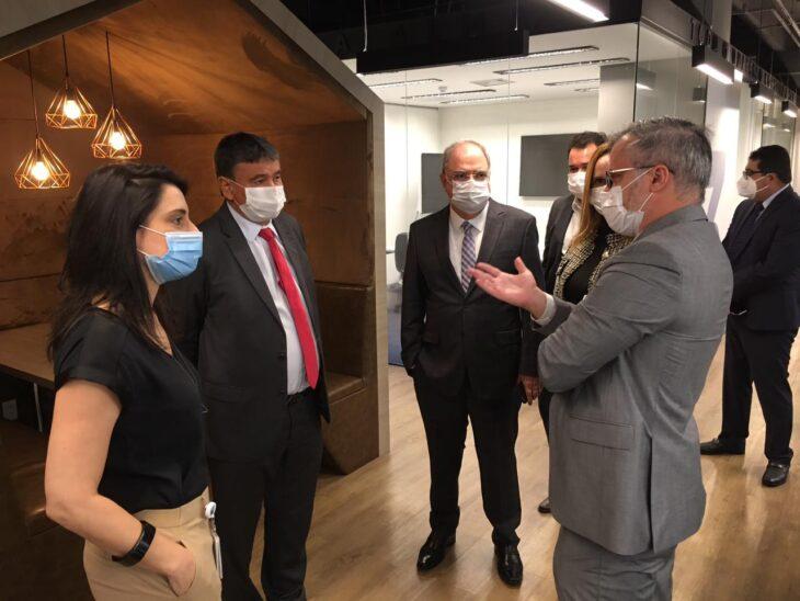 hospital oswaldo cruz3 Wellington Dias busca ampliar parcerias para saúde do Piauí