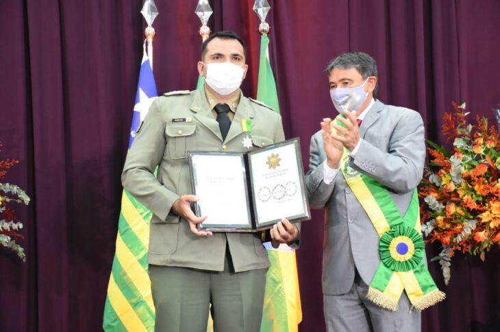 medalhas piracuruca 2021 11 Governador entrega medalhas do Mérito Renascença em Piracuruca