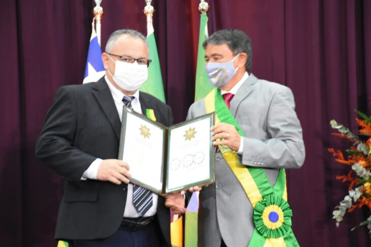 medalhas piracuruca 2021 28 Governador entrega medalhas do Mérito Renascença em Piracuruca