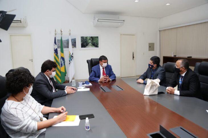 WhatsApp Image 2021 02 01 at 18.37.25 3 Governador reforça parcerias com novo superintendente da Caixa