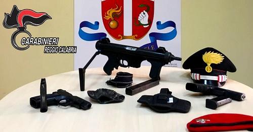 Gioia Tauro, un arresto per detenzione di armi da guerra clandestine (VIDEO)