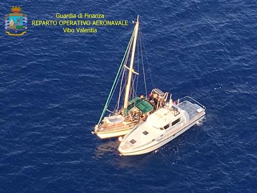 Vibo, fermata imbarcazione: Arrestati tre scafisti