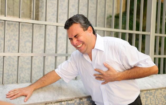 Settimane prima di un attacco di cuore,il corpo  ti dà questi 6 segnali