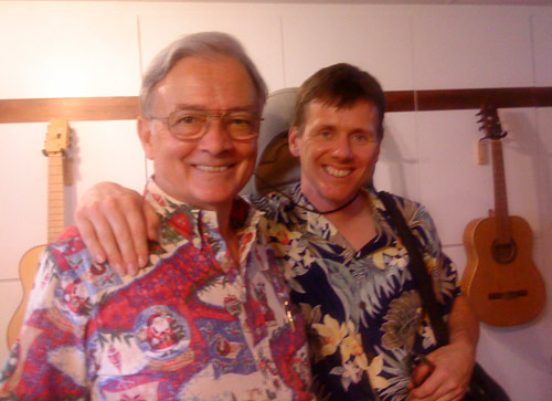 Luthier John Decker with Dutch guitarist Robert Bekkers in Maui