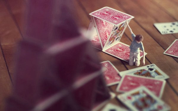 miniature-world-photo-manipulations-by-fiddle-oak-zev-nellie-6
