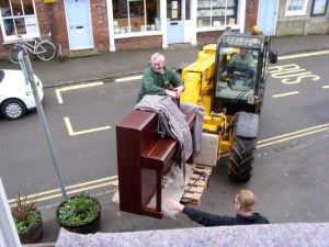 Piano Removal Team in Action