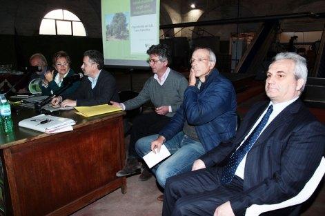 Da destra Salvatore D'Argento, Roberto Raheli, Walter De Santis, Fernando D'Aprile, Tina Levantaci, Aldo D'Antico