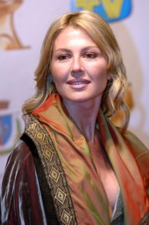 Presenterà la serata l'attrice NATHALIE CALDONAZZO