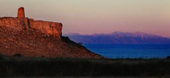 Torre Sant'Emiliano e Albania al tramonto