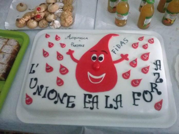 Fidas  torta donazione in comune