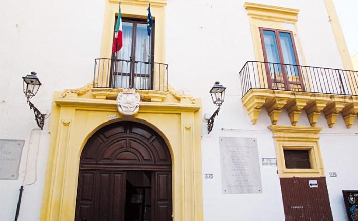 palazzo balsamo sede municipio gallipoli foto di Emiliano Picciolo