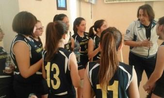 Le ragazze durante l'allenamento