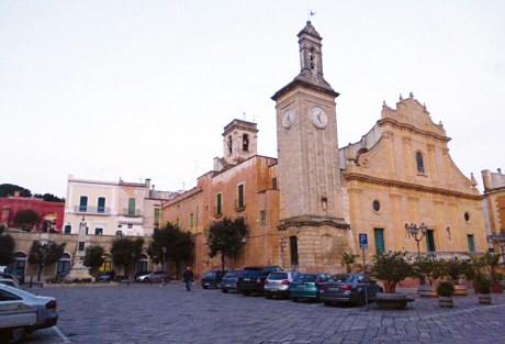 Tuglie, piazza Garibaldi