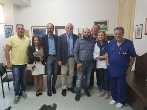 In ospedale a Gallipoli - Al centro i direttori Antonio Sanguedolce e Gi...