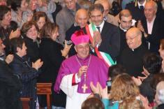 Monsignor De Donatis accolto in città
