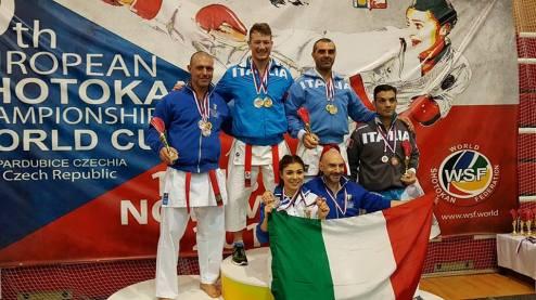 Forsennato con la squadra italiana